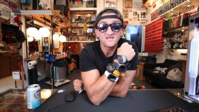 Casey Neistat comparando el Apple Watch Series 4 con el Samsung Galaxy Watch y el Garmin Fenix 5 Plus